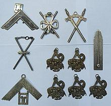 PARCEL OF VARIOUS SILVER PLATED MASONIC COLLAR JEW