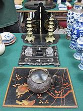 ORIENTAL STYLE MOTHER OF PEARL AND LACQUERED INKWE