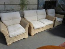 MGM GOOD QUALITY MODERN WICKER AND UPHOLSTERED THREE PIECE CONSERVATORY SUITE