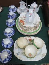 SET OF SIX ROYAL CROWN DERBY BLUE/WHITE CUPS AND SAUCERS, ANYSLEY FLORAL DESERT WARE AND OTHER PART TEASET