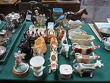 SUNDRY CERAMICS INCLUDING YARDLEY SOAP DISH, VARIOUS COW CREAMERS, ETC.