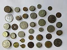 PARCEL OF BRITISH AND FOREIGN COINAGE INCLUDING 17th CENTURY ITALIAN COIN, EUROPEAN, AMERICAN, ETC.