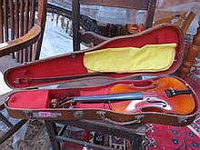 WOODEN CASED VIOLIN WITH BOW BEARING LABEL SCHUSTER & CO (AT FAULT)