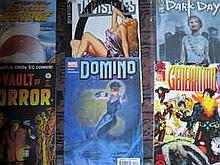 BOX CONTAINING APPROX. 190+ MARVEL, DC AND OTHER SUPER HERO COMICS MAINLY AMERICAN ISSUE INCLUDING GENERATION X, ADAM SRANGE, DOMINO ETC.
