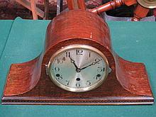 OAK CASED MANTEL CLOCK