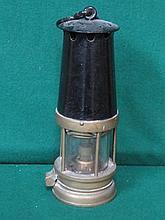 VINTAGE BRAS MINER'S LAMP