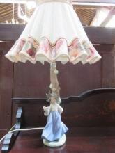 NAO GLAZED CERAMIC FIGURE FORM TABLE LAMP WITH SHA