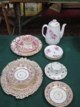 SIX PIECES OF EARLY DERBY TEAWARE, THREE PIECES OF