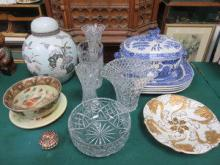 SUNDRY LOT OF CHINA AND GLASS INCLUDING WILLOW PAT