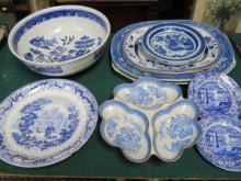 PARCEL OF BLUE AND WHITE CHINA AND CERAMICS INCLUD