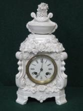 MEISSEN STYLE ORNATELY DECORATED CERAMIC MANTEL CL