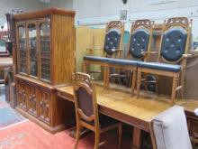 REPRODUCTION DINING SUITE COMPRISING OF EXTENDING