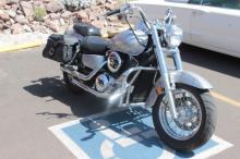 2000 Kawasaki Vulcan 1500 Classic Motorcycle
