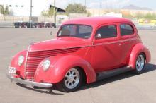 1939 Ford 2 Door Standard