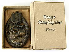 WWII GERMAN BRONZE PANZER ASSAULT BADGE IN BOX