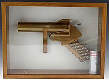 BRASS VK-M12 PARACHUTE SIGNAL GUN IN FRAME