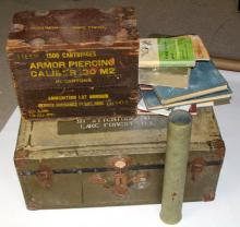 MIXED LOT OF LARGE MILITARY ITEMS