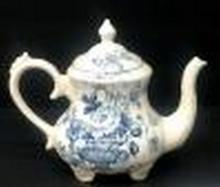 Vintage English Teapot by Clarisse Cliffe pattern is