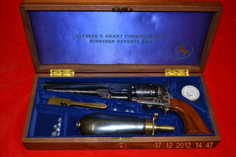 Colt Ulysses S Grant Commemerative Cap & Ball Pistol in Case with Flask, Balls, Mold & Cap Box