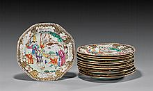 TWELVE QIANLONG EXPORT PORCELAIN PLATES