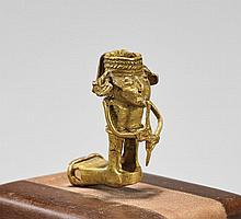 PRE-COLUMBIAN GOLD FIGURE