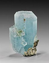 LARGE AQUAMARINE CRYSTAL