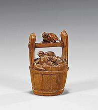 CARVED WOOD NETSUKE: Rodents