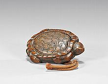 CARVED WOOD NETSUKE: Turtle