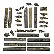 COLLECTION ANTIQUE JAPANESE SWORD FURNITURE