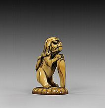 ANTIQUE CARVED IVORY NETSUKE/SEAL