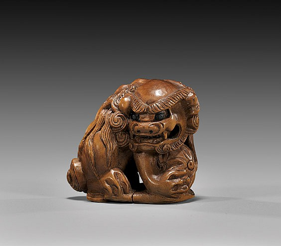 ANTIQUE WOOD NETSUKE: Shi-shi & Ball