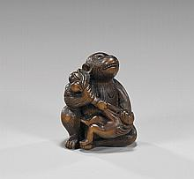 ANTIQUE WOOD NETSUKE: Monkeys