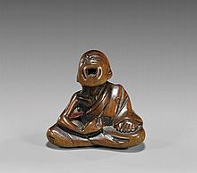 ANTIQUE WOOD NETSUKE: Sneezer