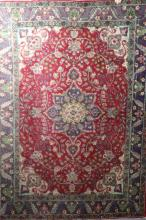 PERSIAN HANDWOVEN CARPET