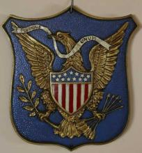 VINTAGE AMERICAN SHIELDED HANGING PLAQUE