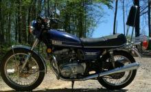 VINTAGE YAMAHA DOHC 500CC MOTORCYCLE