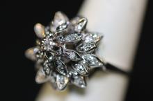 14KWG DIAMOND FLORAL VINTAGE CLUSTER COCKTAIL RING