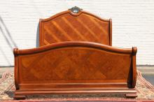 THOMASVILLE KING SIZE SLEIGH BED