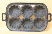ANTIQUE CAST IRON PAN