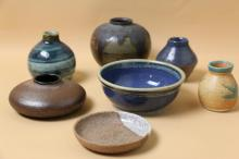 GROUP LOT OF POTTERY