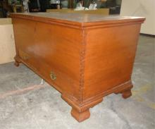 Shenandoah Valley Mahogany Blanket Chest