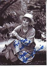 Susan Hampshire signed b/w photo and signed