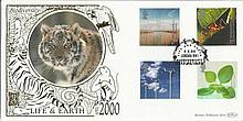 Life & Earth April 2000 official Benham 22ct gold FDC with London NW1 postmark. Catalogues at £20+. Good condition