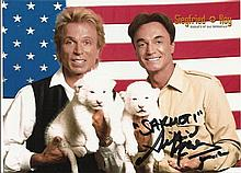 Siegfried & Roy signed colour photo. Good condition