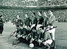 Manchester United autographed football photo. High quality black and white