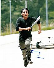 Steven Yeun signed 8x10 Colour Photo Of Steven