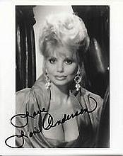 Loni Anderson 20cm x 25cm, 10 x 8 inches photograph clearly signed by Loni