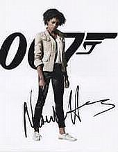 Naomi Harris Signed Bond Obtained At Bafta 2014 Signed 10x8 Photo. Good con