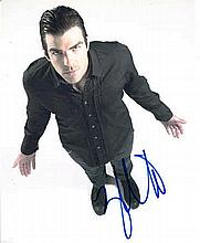 Zachary Quinto 8x10 colour photo of Zachary from Heroes, signed by him in N