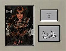 Anna Wintour 17x13 double mount with a photo , plaque and signed card by An